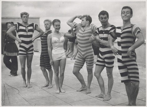 Men-in-Victorian-and-Edwardian-swimsuits-ca.-1940s