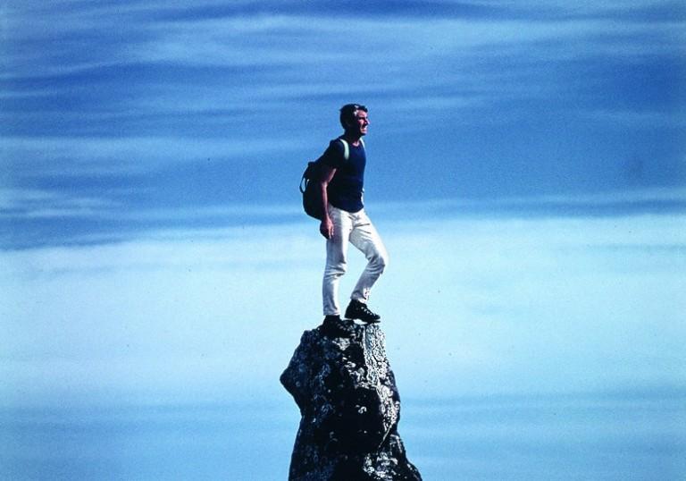 Walter-Bonatti_Fotografie-dai-grandi-spazi_.Isola-di-Pasqua-Cile.-Novembre-1969